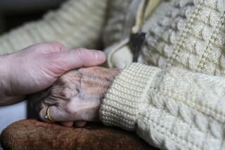 Sposati da 68 anni, Ernie e Tom lottano per restare insieme anche in ospedale