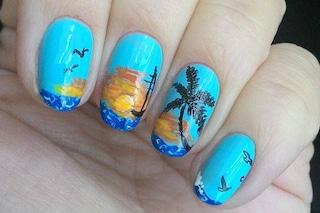 Le unghie della settimana: beach manicure (FOTO)