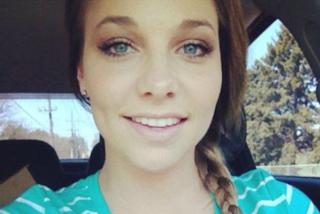 Posta le foto dei suoi lividi sui social: così denuncia la violenza domestica subita