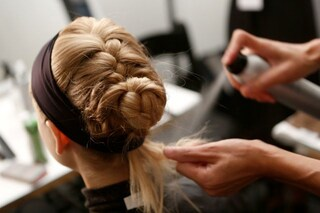 5 cattive abitudini che possono mettere a rischio i nostri capelli