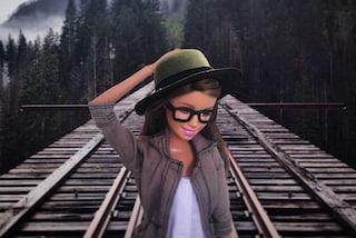 Barbie diventa hipster e prende in giro le  abitudini più diffuse sui social (FOTO)
