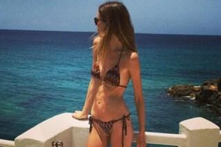 """""""Sono magra e sono una vera donna"""": le parole della modella accusata di essere scheletrica"""