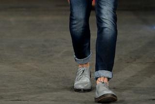 Riesce ad evitare una rapina grazie ai jeans skinny: ecco come