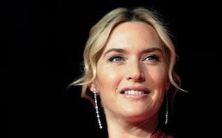 "Kate Winslet senza trucco sui social: ""Guardate oltre le mie rughe"""