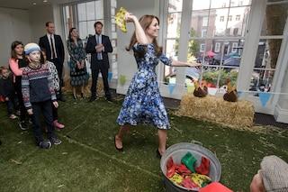 Kate contro William: la principessa sfida suo marito al lancio dello stivale