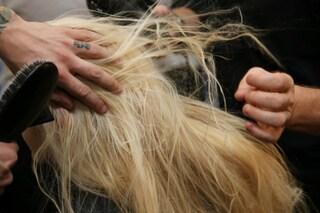 Come proteggere i capelli dal freddo autunnale