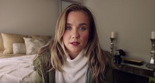 Il commovente video che ricorda alle donne di prendere sul serio il cancro al seno