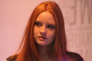 Trucco per rosse: idee e consigli per donne dai capelli rossi