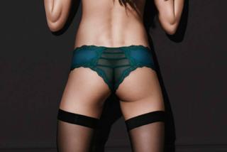 Errori con Photoshop: Victoria's Secret cancella una natica alla modella