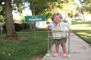 """Willow, la bimba di 3 anni diventata la """"regina"""" dei travestimenti di Halloween (FOTO)"""