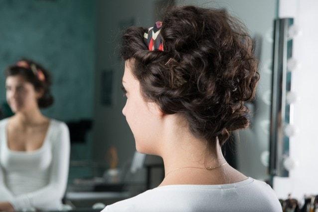 Tutorial per pettinare i tuoi capelli ricci. Un raccolto ... 18029e8f2acf