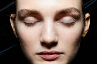 Resculpting, 5 consigli per avere un viso tonico e combattere la forza di gravità (FOTO)
