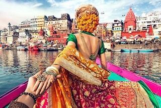 In India tenendosi per mano: la famosa coppia dei social torna a viaggiare