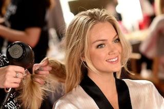 Come lavare i capelli senza shampoo: tutti i passaggi e i metodi alternativi
