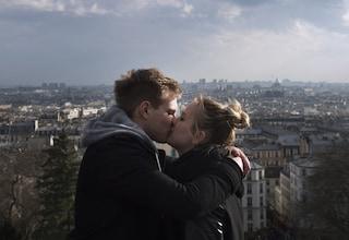 Chi prende a morsi il partner è più innamorato: ecco perché