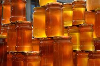 Miele: proprietà curative e cosmetiche