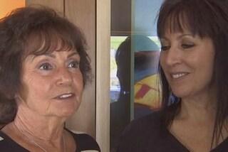 Dopo 53 anni incontra la madre biologica: l'aveva data in adozione dopo la nascita