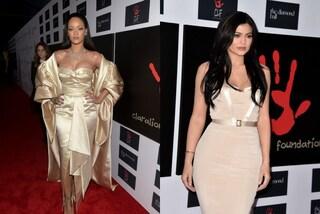 "Rihanna contro Kylie Jenner: sfida a colpi di look al ""Diamond Ball"" (FOTO)"