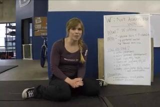 """Sedersi a """"W"""" fa male alla salute dei bambini: ecco perché (VIDEO)"""