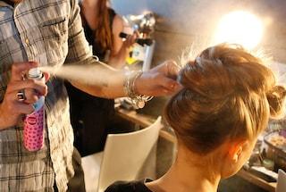 Lavare i capelli senza shampoo: le 5 tecniche più strane ed efficaci