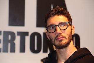 Stefano De Martino dopo la separazione con Belén torna alla moda (FOTO)