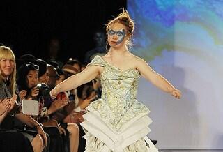 """Madeline Stuart, modella con la sindrome di Down: """"Vorrei cambiare l'idea di bellezza"""""""