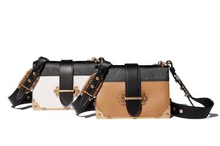 Le nuove borse Prada presentate alla sfilata della Milano Fashion Week