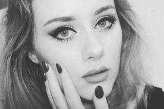 """Ellinor, la sosia di Adele spopola sul web: """"Non avevo mai notato la somiglianza prima"""""""