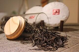 Tè nero: proprietà curative, benefici e controindicazioni