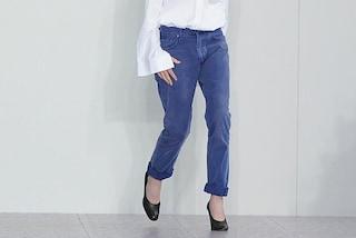 Ecco cosa succede se si indossano i vecchi jeans della mamma
