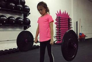 Ha 9 anni ed è appassionata di corsa ad ostacoli: Milla ha sconfitto così il bullismo