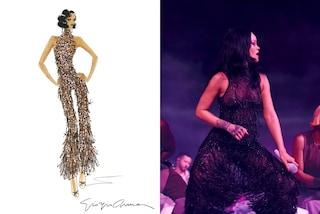 Giorgio Armani veste Rihanna per il finale del suo show con una tuta in tulle e Swarovski