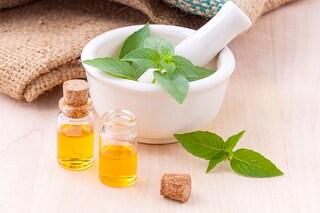 Dall'oil pulling ai probiotici: 6 metodi naturali e facili per prenderti cura di te