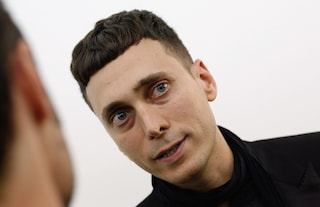 Hedi Slimane dice addio a Saint Laurent
