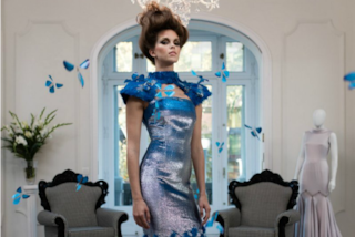 Butterfly Dress, l'abito con 40 farfalle che si alzano in volo