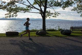Correre libera la mente: ecco perché il jogging aiuta a combattere lo stress
