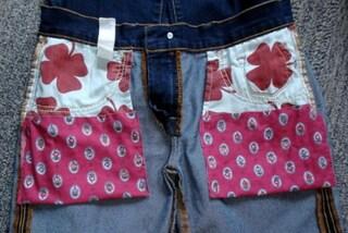 Come rendere le tasche dei jeans più capienti