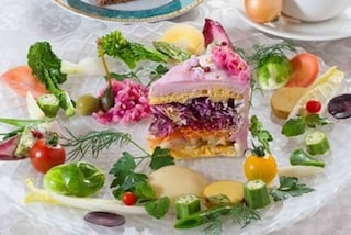 Torte a base di insalata: gli splendidi piatti che fanno venire voglia di mettersi a dieta