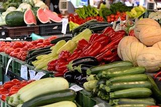 Come rimuovere i pesticidi da frutta e verdura