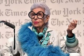 Iris Apfel, ecco chi è l'ultranovantenne che sta facendo impazzire il web
