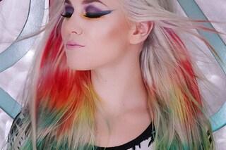 Tie dye hair, ecco come colorare i tuoi capelli in stile anni'90