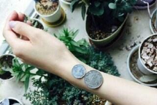 Misurare il polso con un moneta: la nuova insana mania social cinese