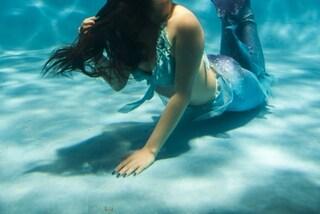 La modella muore annegata durante il servizio fotografico: il respiratore era inadeguato