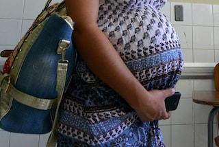 E' incinta e rischia di morire: la sua casa è infestata di muffa