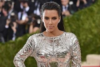A 5 mesi dal parto, Kim Kardashian perde peso e sfoggia un corpo perfetto al Met Gala