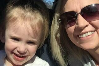Rischia di uccidere la figlia con un bacio: la mamma aveva l'herpes labiale