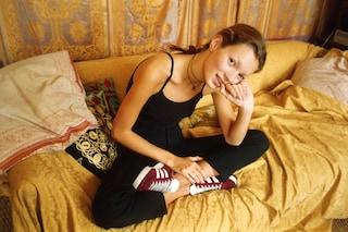 Kate Moss a 19 anni, Adidas sceglie la foto d'archivio per lanciare le Gazelle