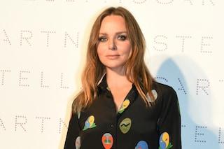 Stella McCartney debutta nella moda maschile: arriva la collezione uomo della stilista