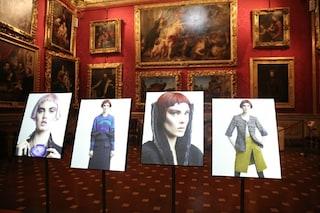 """""""Vision of Fashion"""" a Palazzo Pitti: la fotografia di Lagerfeld in armonia con l'arte"""
