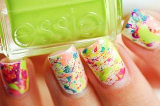 Le unghie della settimana: splash nails